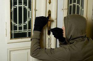 burglar-main_Full